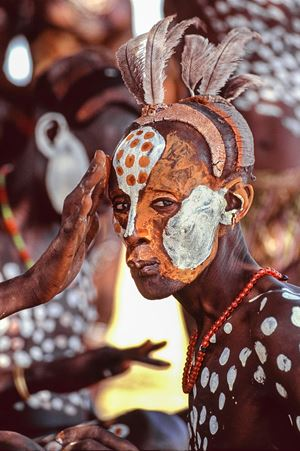 Kara Painted Man, Omo River, Ethiopia by Carol Beckwith & Angela Fisher contemporary artwork