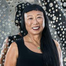 Lindy Lee: Moon in a Dew Drop