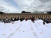 Colombian artist creates enormous shroud to honour country's war dead