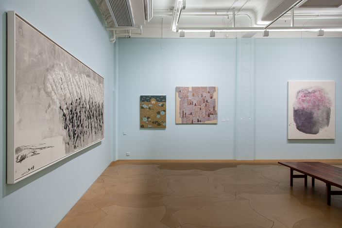 Exhibition view: State of Happiness 樂 / 觀, Hanart TZ Gallery, Hong Kong (13 March–9 April 2020).Courtesy Hanart TZ Gallery.