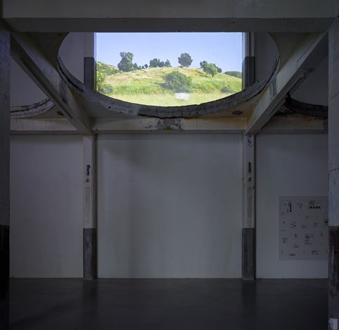 Exhibition view: Group exhibition, The Crime of Adolf Loos, Axel Vervoordt Gallery, Antwerp (16 March–25 May 2019). Courtesy Axel Vervoordt Gallery.