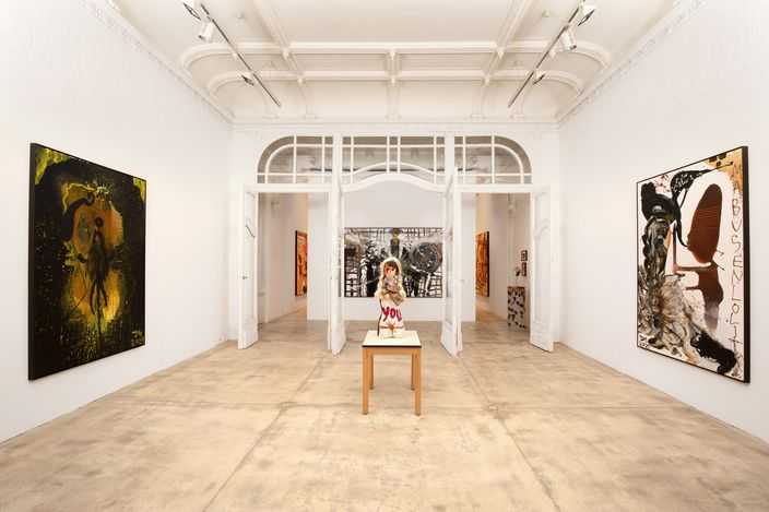 Exhibition view: Jonathan Meese, DIE DR. MABUSENLOLITA (ZWISCHEN ABSTRAKTION UND WAHN), Galerie Krinzinger, Vienna (12 March–15 May 2021). Courtesy Galerie Krinzinger.