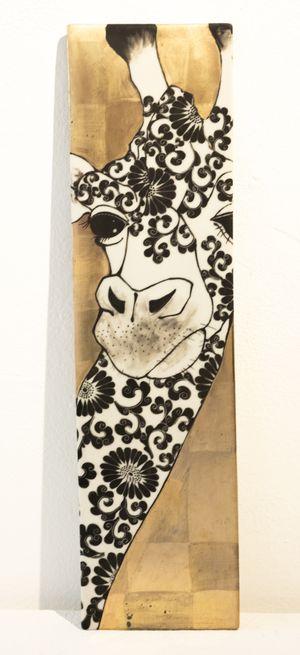 Plate_Giraffe by Masako Inoue contemporary artwork sculpture, ceramics