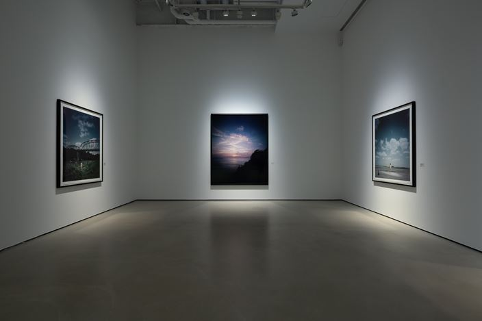 Exhibition view: Andreas Mühe, Pathos in Distance, Whitestone Gallery, Taipei (2 October– 22 November 2020). Courtesy Whitestone Gallery.