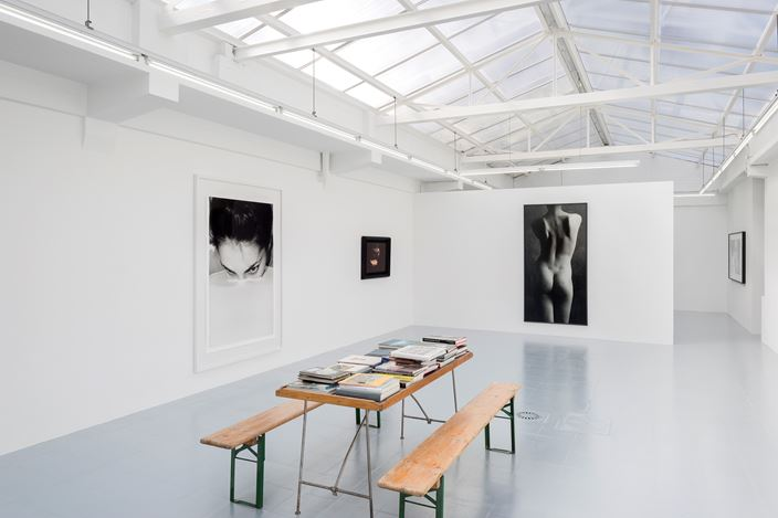Exhibition view: Group Exhibition, Une collection de photographies, rodolphe janssen, Brussels (17 May– 13 July 2018). Courtesy rodolphe janssen, Brussels.Photo: HV photography.
