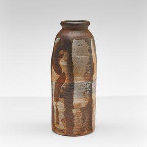 Vase by Heidi Kippenberg contemporary artwork sculpture, ceramics