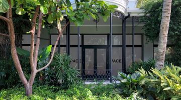 Pace Gallery contemporary art gallery in Palm Beach, USA