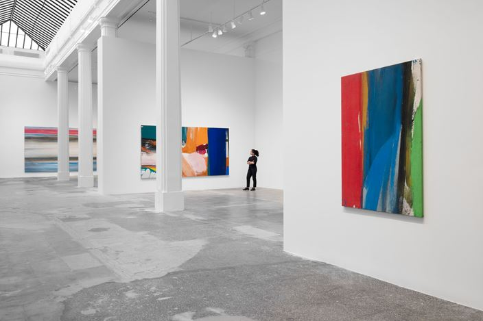 Exhibition view: Ed Clark, Expanding the Image, Hauser & Wirth, Los Angeles (22 August 2020–10 January 2021). © The Estate of Ed Clark. Courtesy the Estate and Hauser & Wirth. Photo: Fredrik Nilsen.