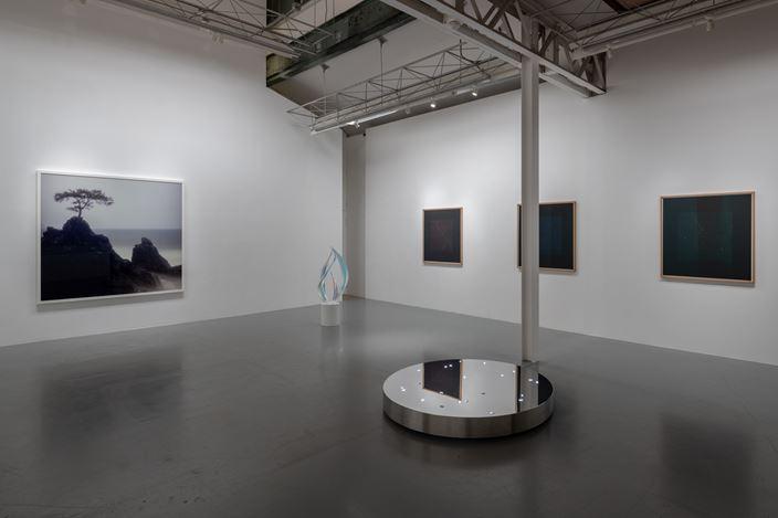 Exhibition view: Tatsuo Miyajima, Darren Almond and Mariko Mori, Group Exhibition, SCAI the Bathhouse, Tokyo (28 August–15 September 2018).Courtesy SCAI THE BATHHOUSE.
