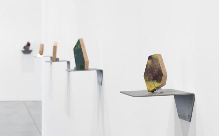 Exhibition view: Richard Deacon,Family,Galerie Thomas Schulte, Berlin (6 July–31 August 2019). Courtesy Galerie Thomas Schulte. Photo:© Stefan Haehnel.