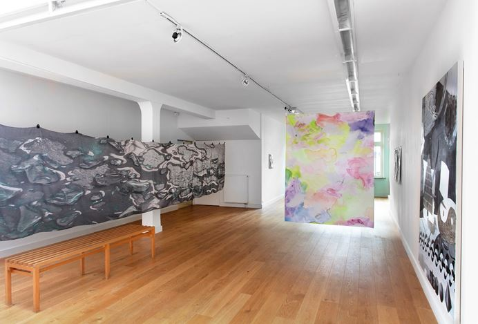 Exhibition view: Alice Browne, Camouflage, Flatland Gallery, Amsterdam (21 November 2019–25 January 2020). Courtesy FLATLAND.