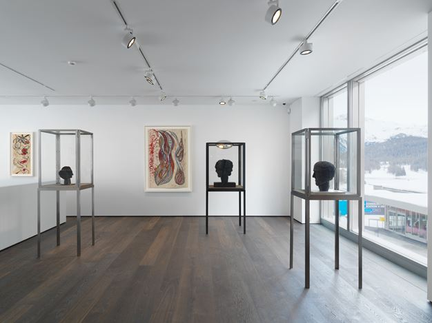 Exhibition view: Louise Bourgeois, Papillons Noirs,Hauser & Wirth, St. Moritz (28 December 2018–10 February 2019). © The Easton Foundation / VAGA at ARS, NY / ProLitteris, Zurich. Courtesy The Easton Foundation and Hauser & Wirth. Photo: Stephan Altenburger Photography Zürich.