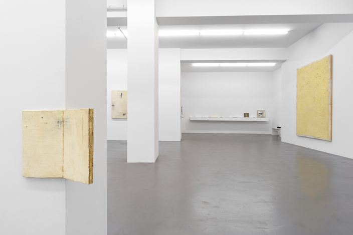 Exhibition view: Lawrence Carroll, A Tribute to Lawrence Carroll, Buchmann Galerie, Berlin (12 July–3 August 2019). Courtesy Buchmann Galerie. Photo:Michael Schultze.
