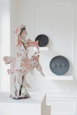 Exhibition view: Lucio Fontana, Fontana Ceramics, Robilant+Voena, Paris (19 May–25 June 2021). Courtesy Robilant+Voena.