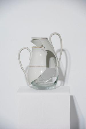 Frágil II by Julia Llerena contemporary artwork