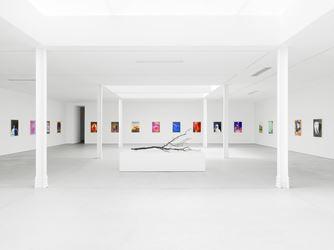 Exhibition view: Urs Fischer, soft, Kingly Street, London (8 June–18 August 2018). Courtesy Sadie Coles HQ.Photo: Stefan Altenburger.