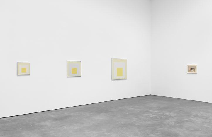 Exhibition view: Giorgio Morandi and Josef Alberts,Never Finished, David Zwirner, 20th Street, New York (7 January–27 March 2021). Courtesy David Zwirner.