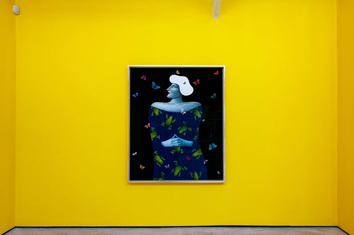 Nicolas Party, Frogs and Butterfly Portrait (2019). Exhibition view: Nicolas Party,Polychrome, The Modern Institute, Osborne Street, Glasgow (25 May–24 August 2019). Courtesy the artist and The Modern Institute/Toby Webster Ltd, Glasgow.
