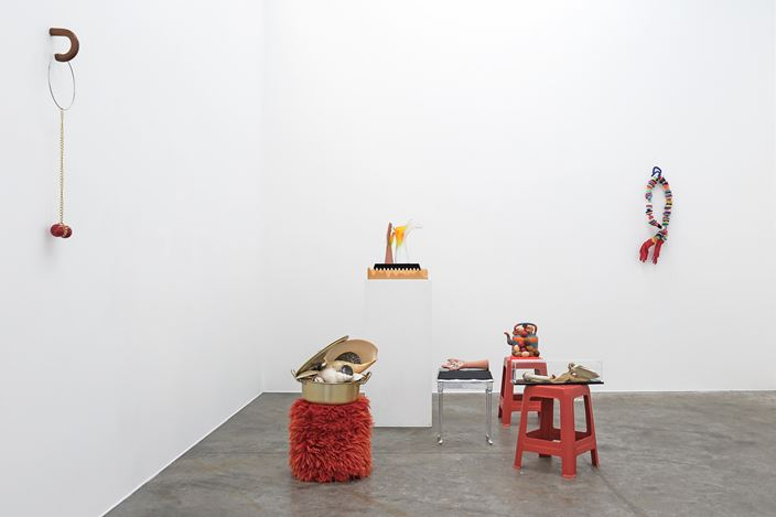 Exhibition view: Judy Darragh, Snow in Hawaii, Jonathan Smart Gallery, New Zealand (8 September–3 October 2020). Courtesy Jonathan Smart Gallery.