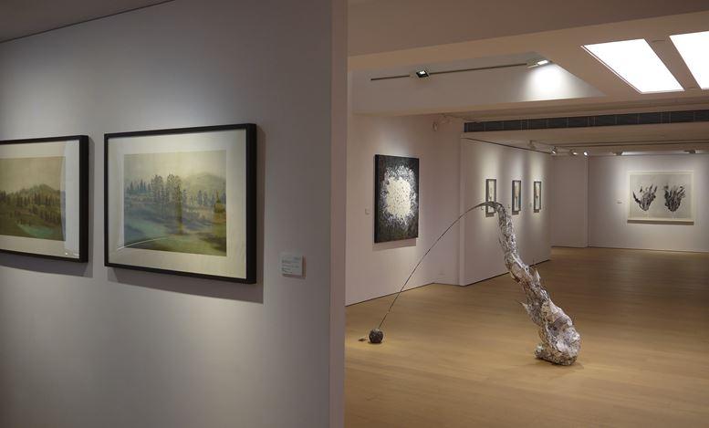 Exhibition view: Hui Hoi-Kiu,Ling Pui Sze,Zhang Yirong,Qiao Yuan, Women + Ink | China + Hong KongAlisan Fine Arts, Central, Hong Kong (15 August–6 September 2019).Courtesy Alisan Fine Arts.
