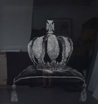 Commonwealth: Project Another Country; Everybody Needs a Crown by Alfredo & Isabel Aquilizan contemporary artwork drawing