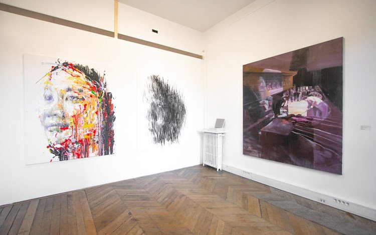 Installation view: A2Z Art Gallery at Asia Now Paris 2018. Courtesy A2Z Art Gallery, Paris.