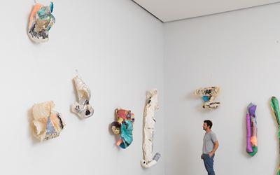 Lynda Benglis, New Work, 2016, Exhibition view at Cheim & Read, New York. Courtesy of Cheim & Read, New York.