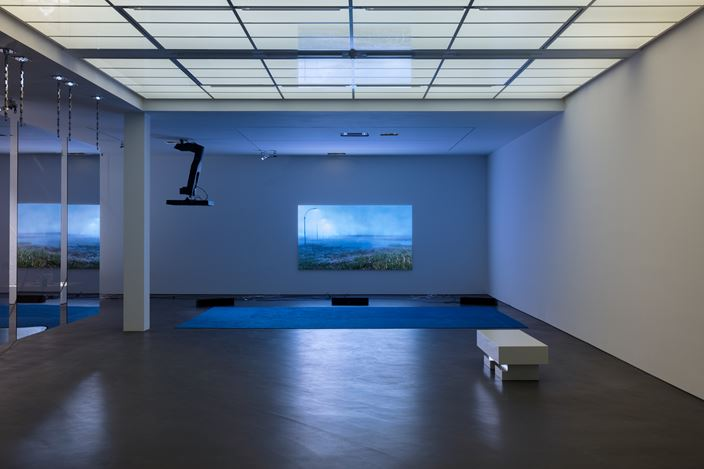Exhibition view:Philippe Parreno,Manifestations, Esther Schipper, Berlin (11 September–17 October 2020). Courtesy the artist and Esther Schipper, Berlin. Photo: Andrea Rossetti.
