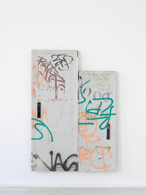 Dits Dahs by Nina Canell contemporary artwork