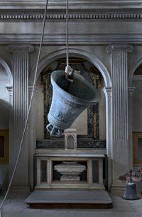Senza Titolo by Claudio Parmiggiani contemporary artwork sculpture