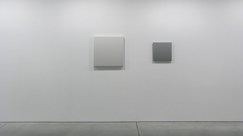 Exhibition view: Stephan Baumkötter, James Howell, Phil Sims, Accrochage,Bartha Contemporary, London (28 November 2017–27 January 2018). Courtesy Bartha Contemporary, London.