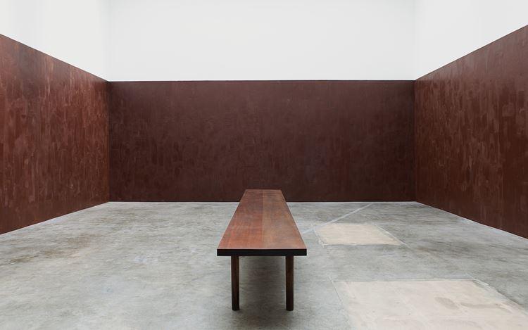Exhibition view: Anya Gallaccio, Stroke,Blum & Poe, Los Angeles (14 September–26 October 2019).© Anya Gallaccio. Courtesy the artist and Blum & Poe, Los Angeles/New York/Tokyo. Photo: Makenzie Goodman.