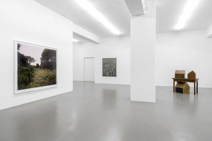 Exhibition view: Balthasar Burkhard, Tony Cragg, Alberto Garutti, Joel Sternfeld,On Landscape, Buchmann Galerie, Berlin (8 November 2019–11 January 2020). Courtesy Buchmann Galerie.