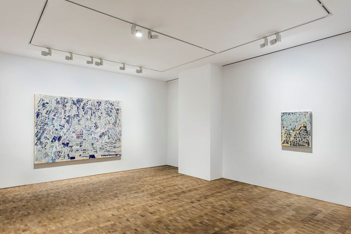 Exhibition view: Mark Bradford, Hauser & Wirth, Hong Kong (27 March–12 May 2018). © Mark Bradford. Courtesy the artist and Hauser & Wirth. Photo: JJYPHOTO.