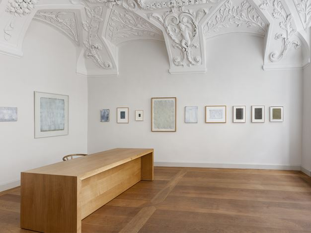 Exhibition view: Raimund Girke, Im Rhythmus, KEWENIG, Berlin (9 September–7 November 2020). © The Estate of Raimund Girke and VG Bild-Kunst, Bonn. Courtesy KEWENIG. Photo: Lepkowski Studios, Berlin.