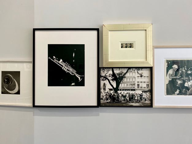 Exhibition view: Group Exhibition, Scenes in the City, Galerie Julian Sander, Cologne (5 September– 7 November 2020). Courtesy Galerie Julian Sander.