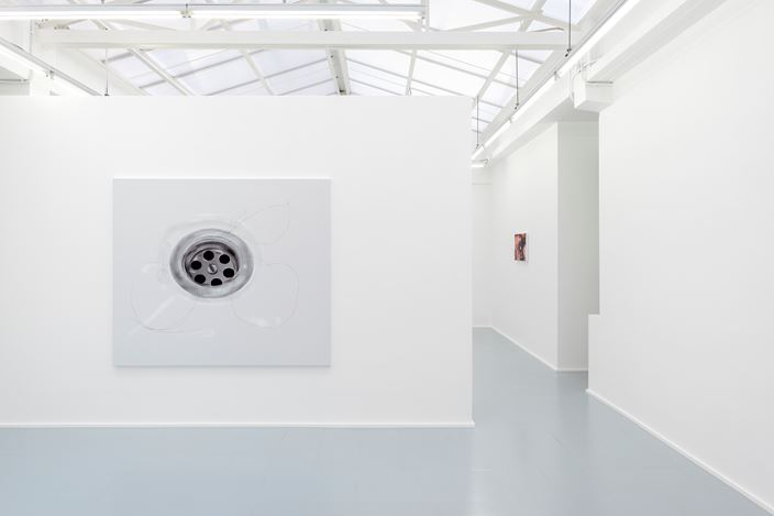 Exhibition view: Louisa Gagliardi, Side Effects of Satisfaction, Rodolphe Janssen Gallery, Brussels (16 March–4 May 2019). Courtesy Rodolphe Janssen Gallery. Photo:HV photography.