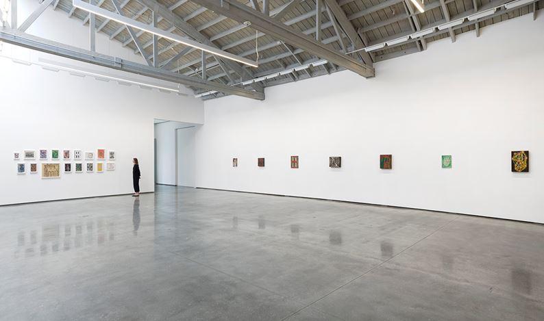Exhibition view: Chris Martin, The Eighties, David Kordansky Gallery, Los Angeles (16 March–27 April 2019). Courtesy David Kordansky Gallery, Los Angeles. Photo: Jeff McLane.