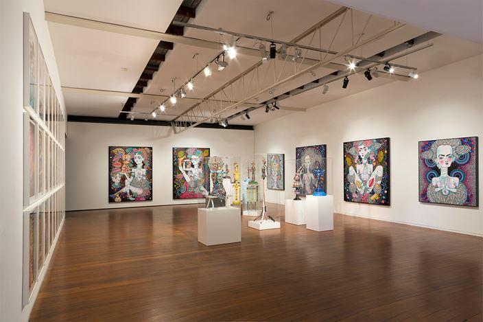 Del Kathryn Barton, angel dribble, 2016, Exhibition view, Roslyn Oxley9 Gallery, Sydney. Courtesy Roslyn Oxley9 Gallery, Sydney.
