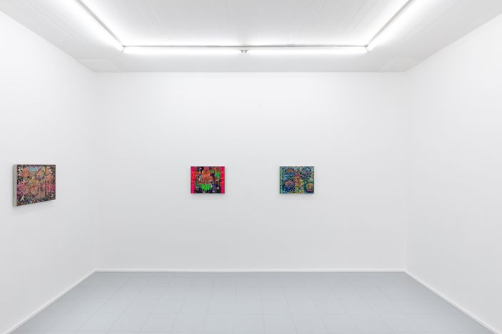 Exhibition view: Lisa Vlaemminck, Plastic roses never wither, rodolphe janssen, Brussels (20 April–20 May 2021). Courtesy rodolphe janssen. Photo: Eline Willaert.