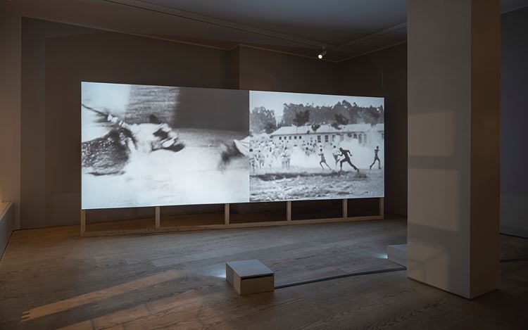 Exhibition view: Santiago Mostyn,Your Shadow is a Mirror,Andréhn Schiptjenko, Stockholm (7 January–20 February 2021). Courtesy the artist and Andréhn Schiptjenko, Stockholm.