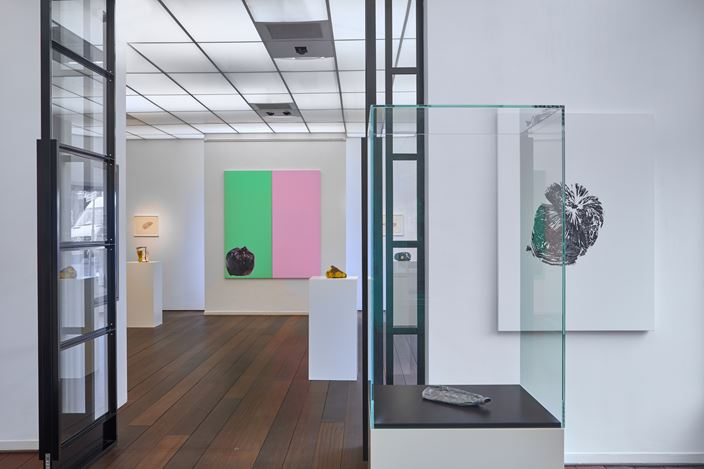 Exhibition view: Gavin Turk, Letting Go, Reflex Amsterdam (19 October–6 December 2019). Courtesy Reflex Amsterdam.