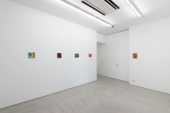 Exhibition view: Group Exhibition, 5,471 miles, Blum & Poe, Tokyo (21 July–8 August 2020). Courtesy the artists and Blum & Poe, Los Angeles/New York/Tokyo. Photo: SAIKI.
