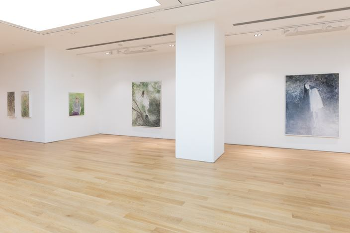 Installation view: He Duoling, Thunder Afar, Tang Contemporary Art, Hong Kong (28 May–30 June 2020). Courtesy Tang Contemporary Art, Hong Kong.