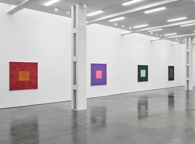 Exhibition view: Peter Joseph, The Border Paintings, Lisson Gallery, West 24th Street, New York (16 February–24 April 2021). Courtesy Lisson Gallery.