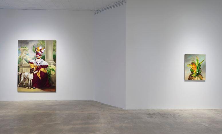 Exhibition view: Ewa Juszkiewicz, In vain her feet in sparkling laces glow, Gagosian, Park & 75, New York (17 November 20204 –January 2021). © Ewa Juszkiewicz. Courtesy Gagosian. Photo: Rob McKeever.