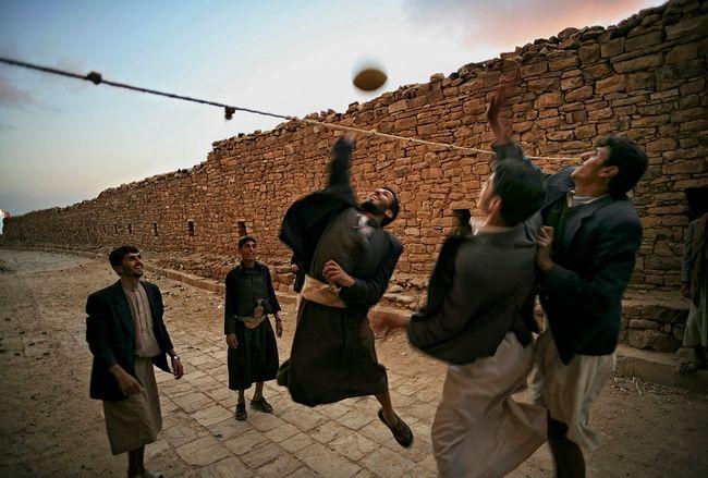 Thulla, Yemen by Matjaz Krivic contemporary artwork