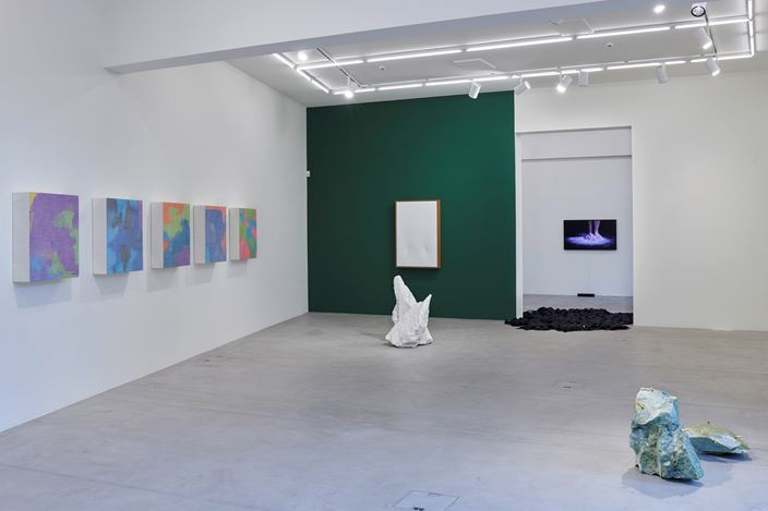 Exhibition view: Cao Yu, Femme Fatale, Galerie Urs Meile, Lucerne (17 April–25 May 2019). CourtesyGalerie Urs Meile.