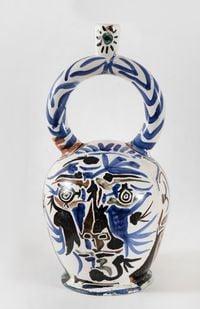 Vase aztèque aux deux visages by Pablo Picasso contemporary artwork sculpture