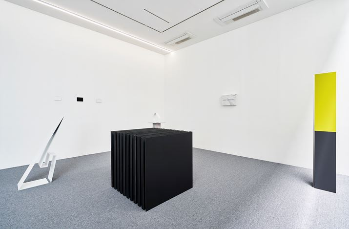 Exhibition view: Yoon Hyangro, Jo Kim, FW19,ONE AND J. Gallery, Seoul (11 June–7 July 2019). ONE AND J. Gallery. Photo:Euirock Lee.